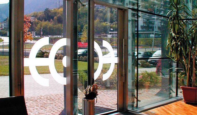 """Corso """"STILE E DESIGN DELL'OCCHIALE E ACCESSORIO MODA"""", presso Certottica di Longarone (BL). #school #learning"""