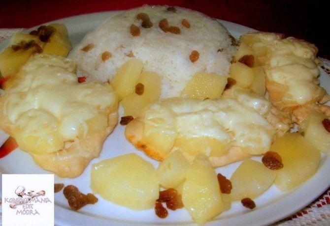 Vajban sült ananászos csirkemell mazsolás rizskörettel