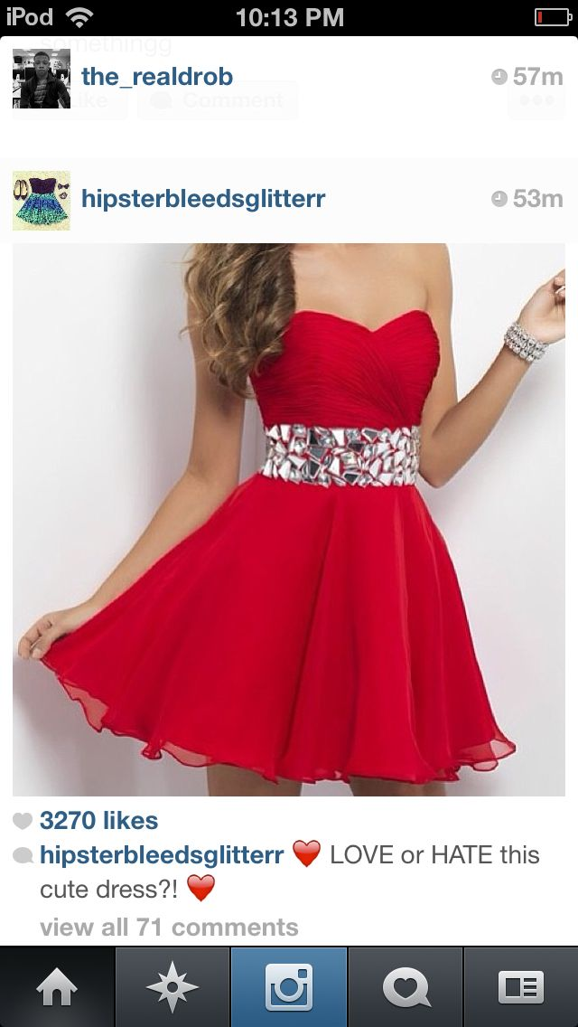 I'M IN LOVE WITH THIS DRESS. If I ever have to dress up for something and I have to buy a new dress, this is going to be the dress I compare it too.