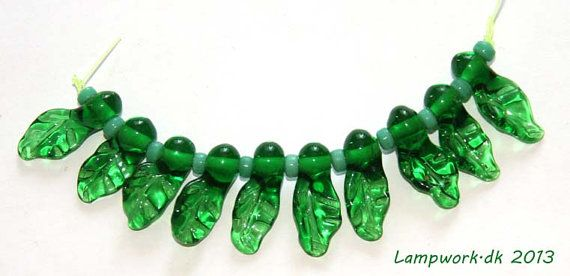 SRA handmade lampwork leaf bead set by LampworkDK on Etsy