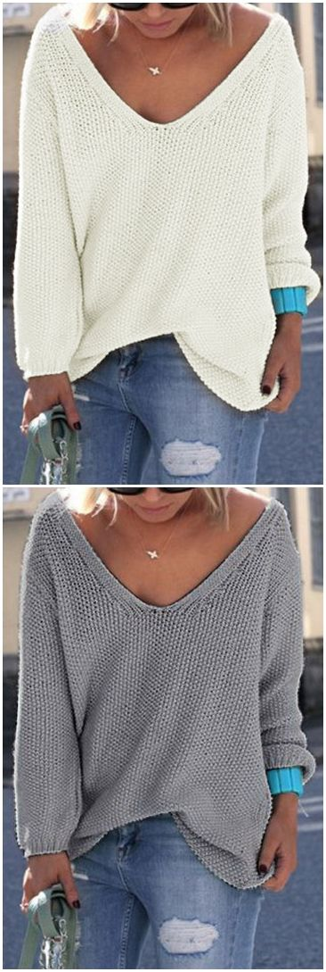Classic Design Grey Long Sleeves Loose Plunge Sweater US$21.95