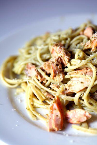 salmon and pesto spaghetti