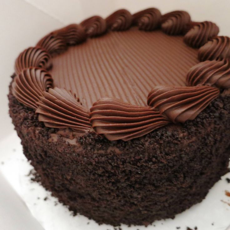 31 Best Chocolate Cake Decorations Images On Pinterest