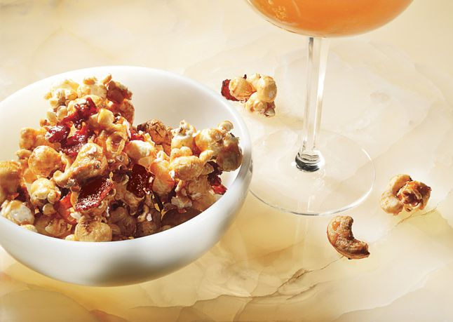Bacon and Cashew Caramel Corn | Sweets | Pinterest