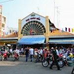 Chau Doc Market, more at http://www.chaudoctravel.com/2013/03/see-photos-in-chau-doc-an-giang/