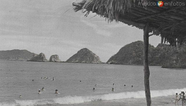 Fotos de San Patricio Melaque, Jalisco, México: Playa en la Bahía de San Patricio Melaque. Década de los 60´s.