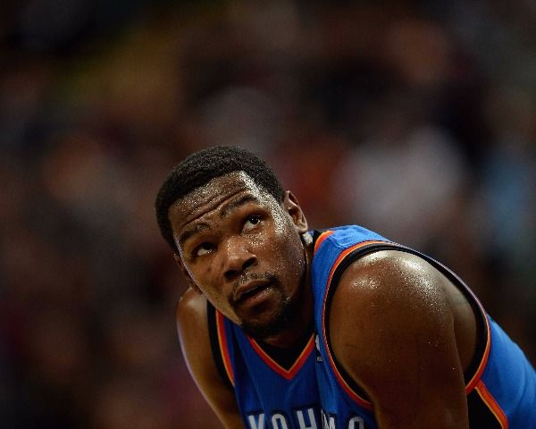 Kevin Durant News: Will He Choose Boston Celtics Or LA Clippers? - http://www.morningledger.com/kevin-durant-news-will-he-choose-boston-celtics-or-la-clippers/1382134/