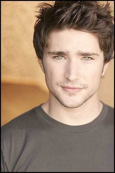 Matt Dallas (swoon and faint)