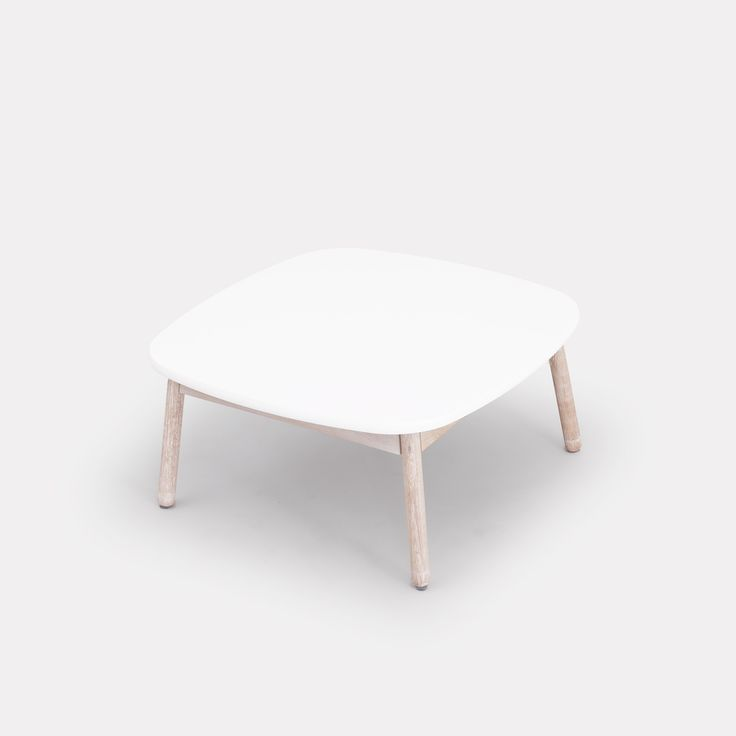 Native soffbord 85, vit/vitlaserad ek – Department – Köp online på Rum21.se
