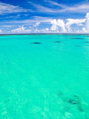 ため息が出るほど美しいエメラルドグリーンのビーチ、マイクロビーチ。サイパン 旅行・観光のおすすめスポット。
