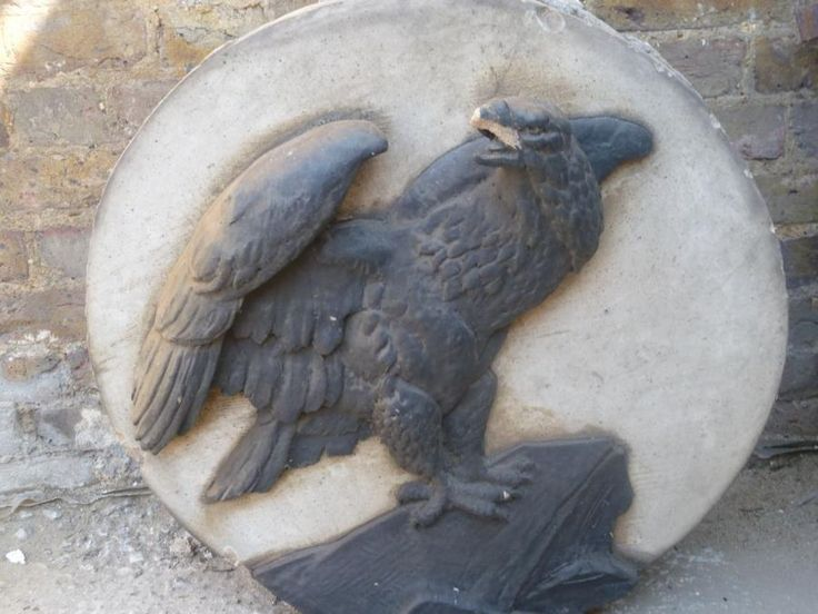 Fans of East End history will know the infamous symbol of the black eagle, belonging to the local Truman, Hanbury & Buxton Brewery. This stone plaque came off a local pub.