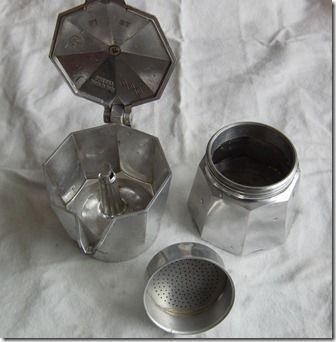 直火式エスプレッソメーカーの使い方 画像あり エスプレッソ コーヒー カフェ メニュー