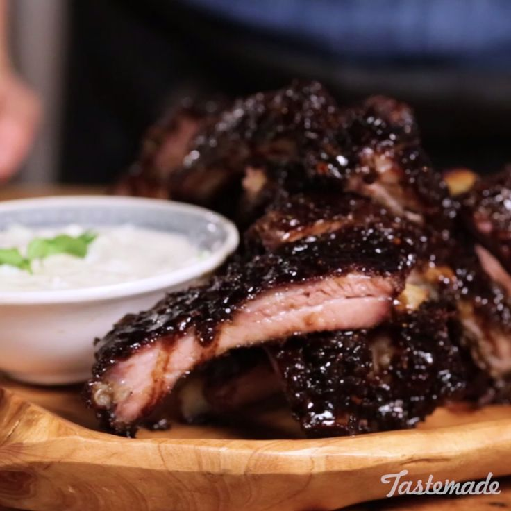 Spice up your ribs with a sweet, citrusy Indian marinade and cucumber yogurt sauce. Save the recipe on our app! http://link.tastemade.com/HE7m/H1wHe4m2mA