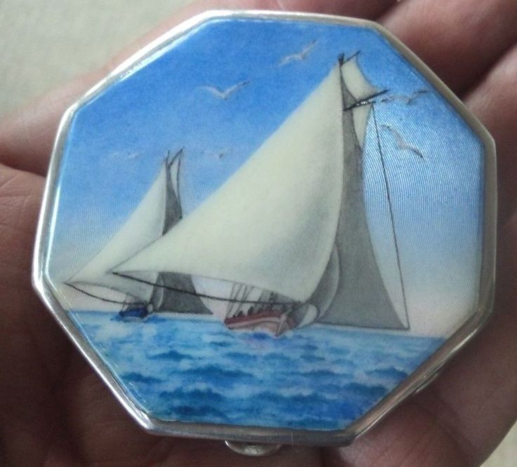 Atractive Stg. Silver & Enamel Sailing Boat Scene Compact - h/m 1932 Birmingham  #Compacts
