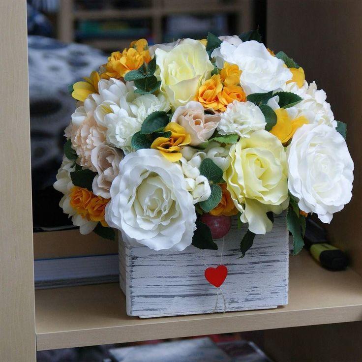 Anotimpul fericirii #aranjament #flori #artificiale #floriartificiale #plante #uscate #planteuscate #floriuscate #decoratiuni #naturale #cadou #unicat #valentinesday #dragobete #ziuaindragostitilor #inima #inimioara #infrumusetare #casa #birou #flowerstagram www.beatrixart.ro