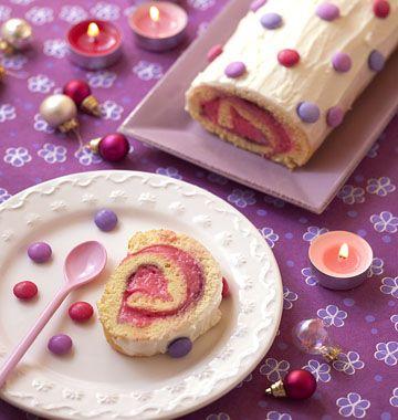 Bûche de Noël à la rose, glacage mascarpone et smarties - Recettes de cuisine Ôdélices