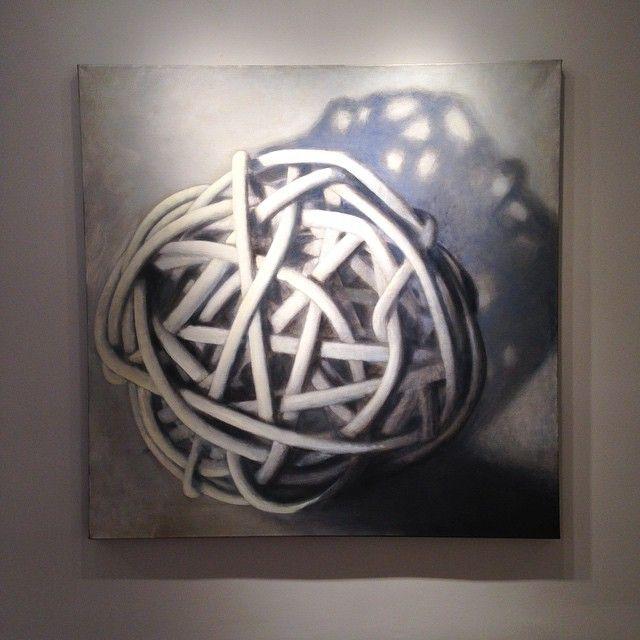 """Installatie is begonnen voor """"Knopen & Simple Things""""lilacgallerynyc #Wolfgangleidhold gebruikt lagen op lagen van olieverf en ei tempra tot dramatische hoogtepunten en schaduwen het openen van dit woensdag #artLilacGallerynyc #Shows in #NYC #lilacgallery #knots #oilpainting #painting bereiken # 1stdibs @ 1stdibs #oil #summershow #gallery #contemporaryart #interiordesign #artsyartsy #galleries #newyorkcity #FIT #museum #artcollector #fashion #NY #moma #collectors #artworld #collection…"""