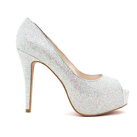 ESSENTIAL heel in silver multi. #mybetsonBetts #BettsRaceDayReady #Bettsshoes #shoes #heels