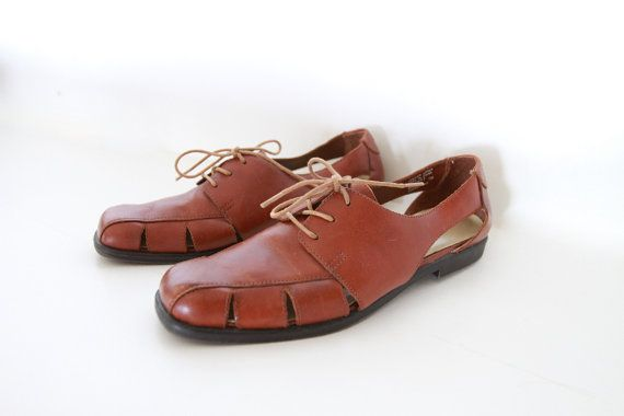 Leather Cutout Oxford Shoes / Brown Leather Laceup Flats / 7