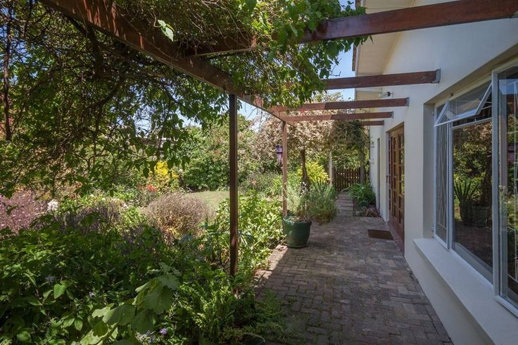 Port Alfred | Harcourts Port Alfred | Harcourts #holidays #southafrica #gardening #PortAlfred #RentalIncome #easterncape