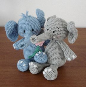 Gratis haakpatroon blauwe olifant - Hobbyshop Reuvers voor al uw hobby- en handwerkmaterialen