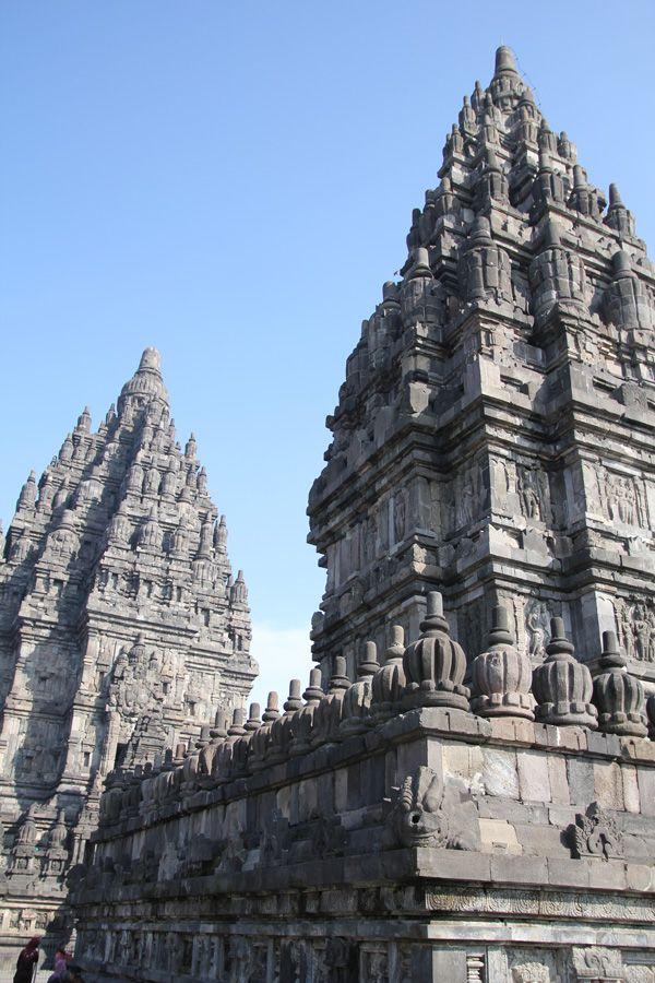 プランバナン寺院群。インドネシアの歴史を学ぶならここ!インドネシア 旅行・観光におすすめのスポット。