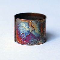 Etched copper hare ring - adjustable size