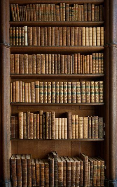 Bücherregal antik  Die besten 25+ Bücherregal antik Ideen auf Pinterest | Shabby chic ...