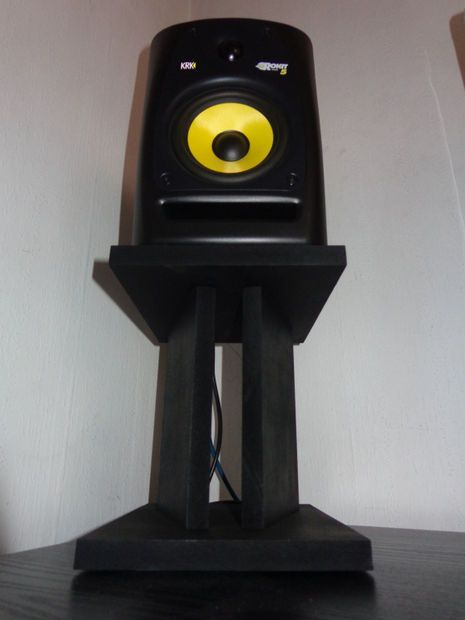 Picture of DIY- Make your own Stands for Studio Monitors Speakers