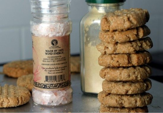 Almond Flour Ginger Cookies, mmmm good site for food alergies too, gluten free, lactose, etc