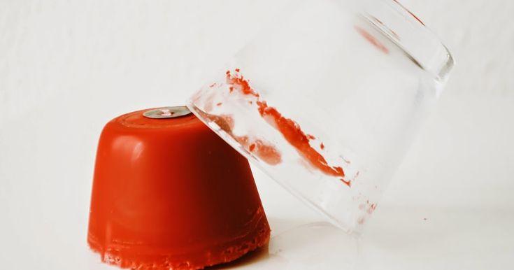 Wachs aus dem Glas entfernen