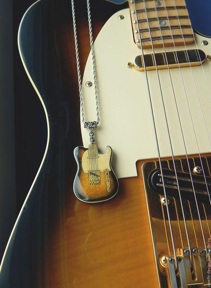 Украшения для мужчин, ручной работы. Ярмарка Мастеров - ручная работа. Купить Кулон в виде гитары Fender Telecaster Richie Kotzen. Handmade.