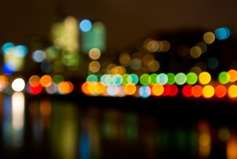 Smarty time : La Defense, Paris taken with Nikon 1 V1 (deliberate)