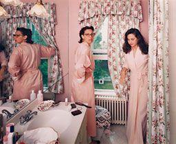 Tina Barney - Jill and Polly in the Bathroom