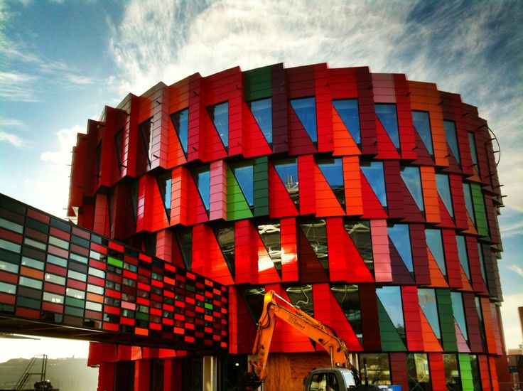 COLORS AND ENVIRONMENT IN SWEDEN: THE KUGGEN | inspiring architecture and Badass :0)