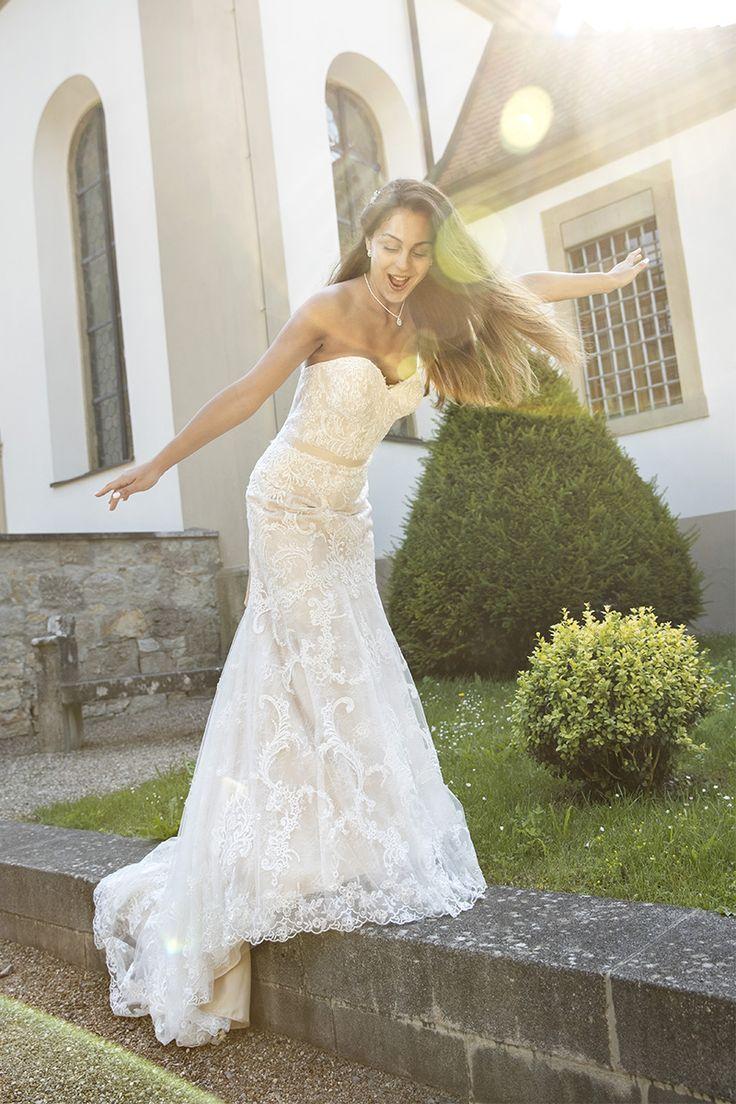 17 best Brautmode Brautkleider Kleemeier 2017 images on Pinterest ...