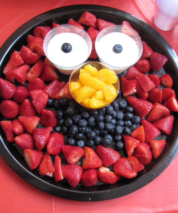 elmo themed birthday party | Elmo Themed First Birthday Party: DIY-Style