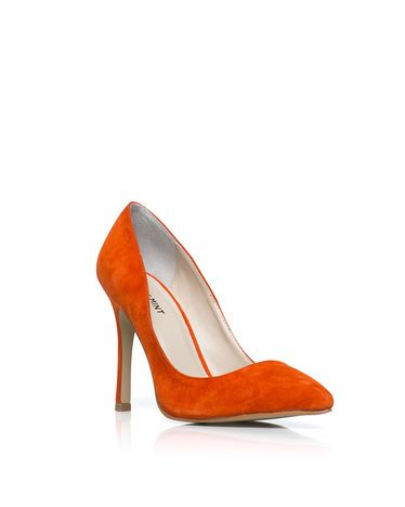 classic pump in orange