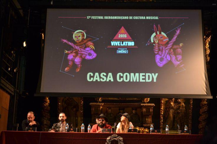 Año tras año durante 17 primaveras, México ha sido testigo de uno de los festivales musicales más importantes de toda América Latina, el Vive Latino. Este año, como quizá ya muchos saben, el evento tendrá entre sus invitados a artistas de talla nacional como internacional como Cultura Profética, Heavy Nopal, Nach y Two Door Cinema Club entre muchos más.