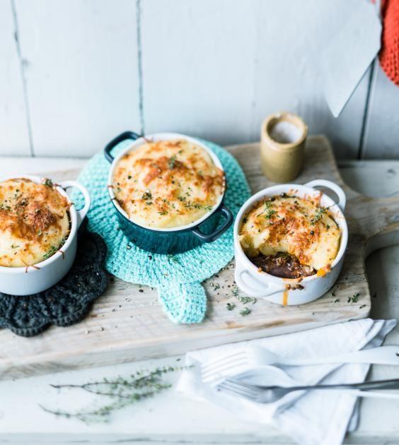 Der britische Klassiker mit saftiger Hackmasse unter einer Decke Kartoffelpüree - kross gratiniert mit Parmesan.