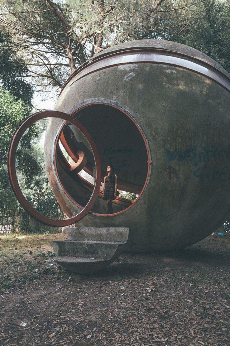 oliver astrologo photographs the ruins of casa sperimentale