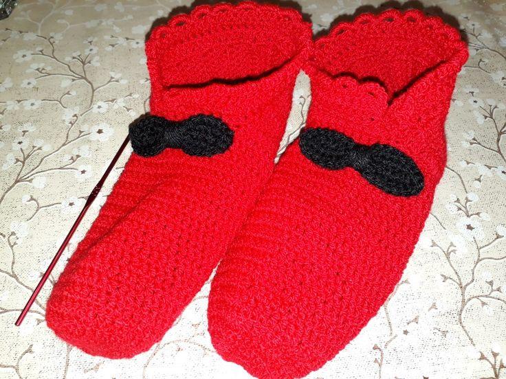 Crochet sllipers. Botosei crosetati.