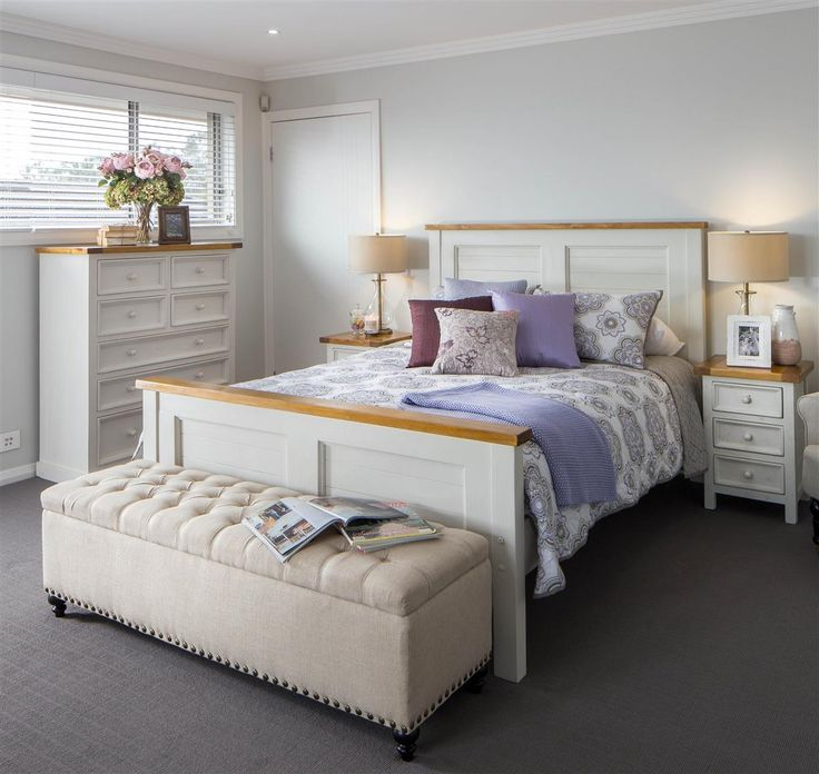 Impressive décor. Very sweet. Lovely guest bedroom idea, soft furnishings, white wooden bed, tall boy and bed side tables. Beautiful, simple, stunning.... On display, #GJSydneyWest