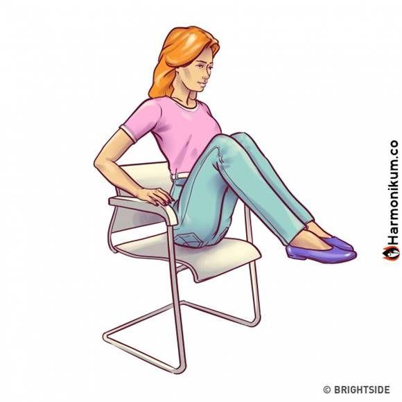 6 gyakorlatot a lapos hasért, amit elvégezhetsz egy széken