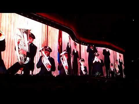 U2 en Argentina - Estadio Unico De La Plata - 10/10/2017 - Red Hill Mining Town - YouTube