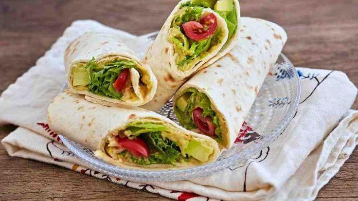 PrismaFinland   Завернутый сэндвич с хумусом из авокадо