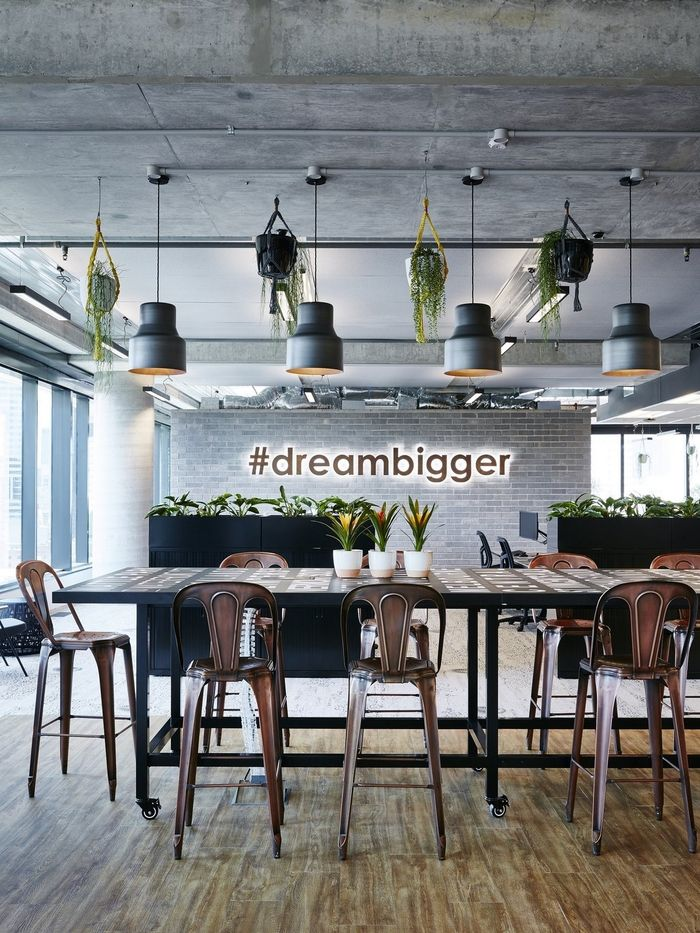 Magnificent 17 Best Ideas About Office Designs On Pinterest Work Office Largest Home Design Picture Inspirations Pitcheantrous