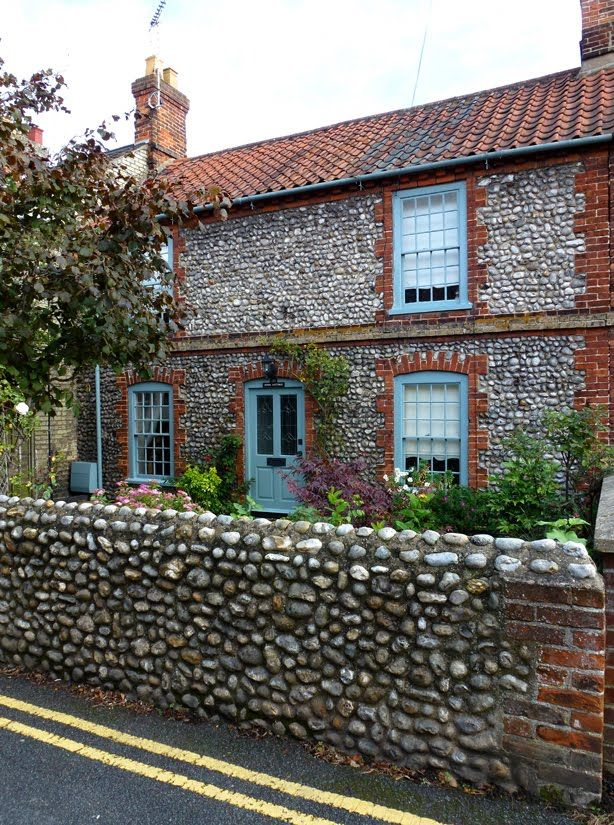 Norfolk flint and brick house