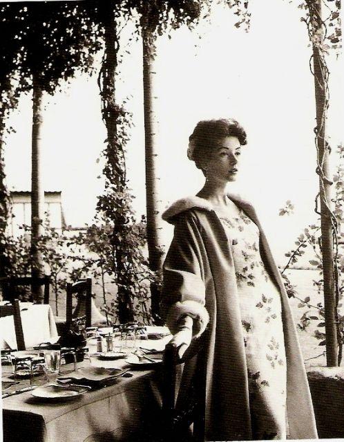apfelgarten: Berlin en Vogue - немецкая мода разных времен