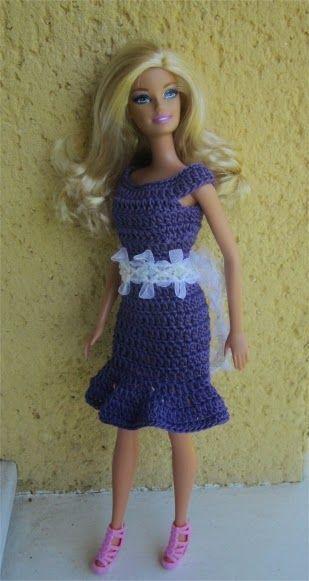 Miss Barbie vous présente aujourd'hui une nouvelle robe                 Je vous propose les explications      Fournitures : du coton vio...